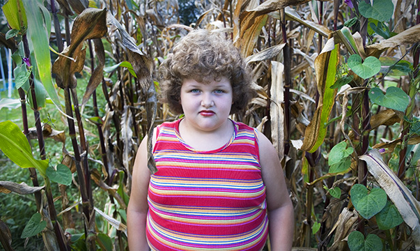 Child_in_corn2_1
